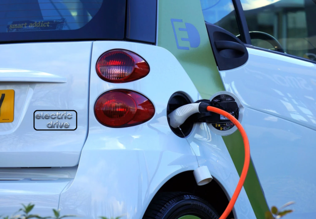 What is Associate Degree EV Electric Vehicle