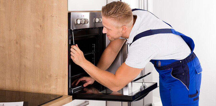 4 Surefire Signs You Need Commercial Appliance Repair