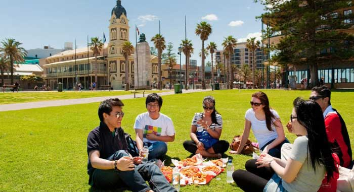 How to get admission in Australian University